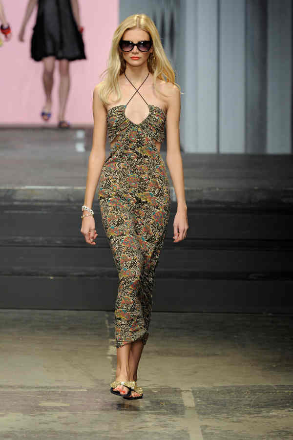Twenty8Twelve SS11 Catwalk look 9
