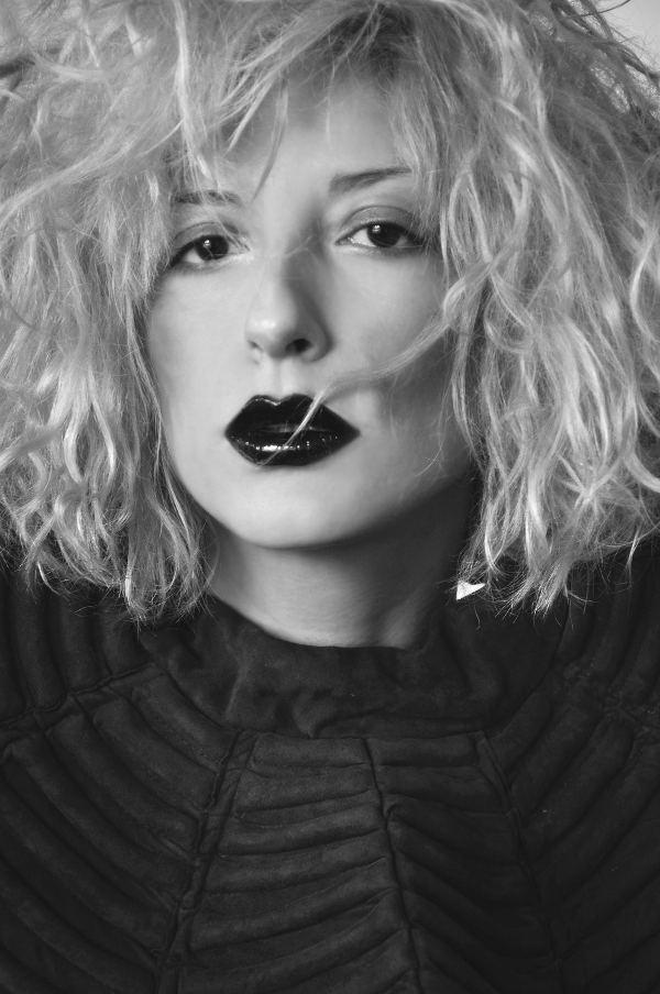 romina_karamanea_-portrait1