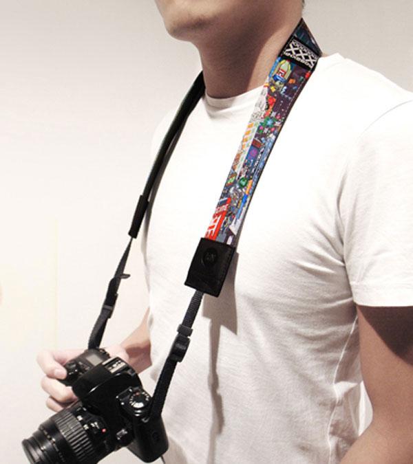 IdN x eBoy camera strap
