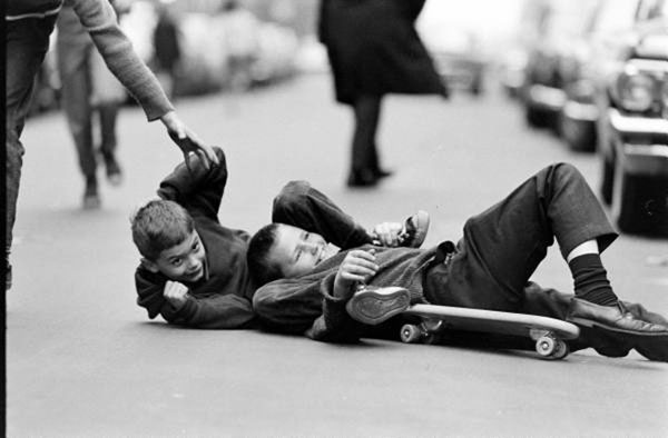 Bill-Eppridge-skateboarding5