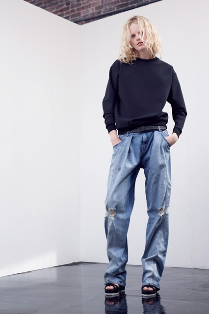 TheyskensTheory_004_2000_426x639