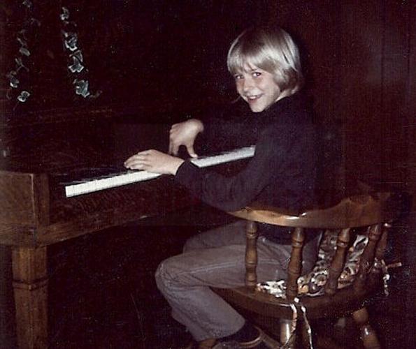 Kurt-Cobains-Childhood-Home-for-Sale-7