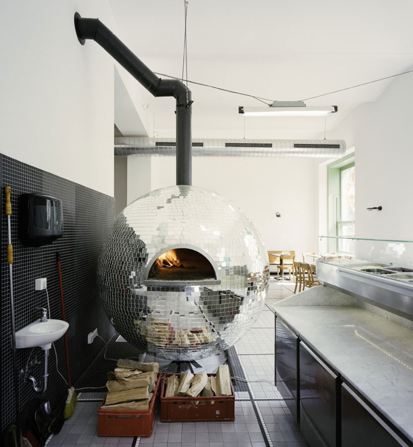 disco-ball-pizza-oven-designboom-02