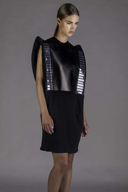 Wearable-Solar-by-Pauline-van-Dongen_dezeen_3