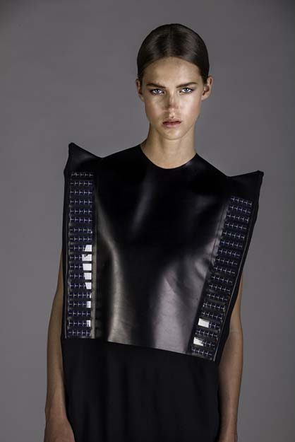 Wearable-Solar-by-Pauline-van-Dongen_dezeen_4