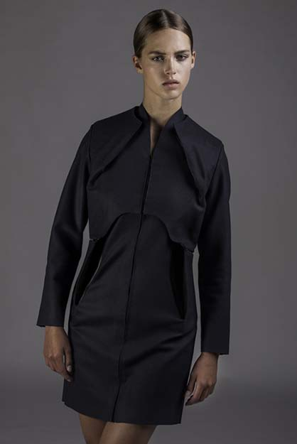Wearable-Solar-by-Pauline-van-Dongen_dezeen_5