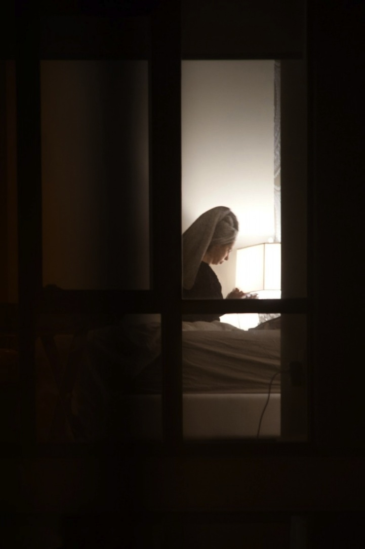 Подглядел в окно за соседкой ничем