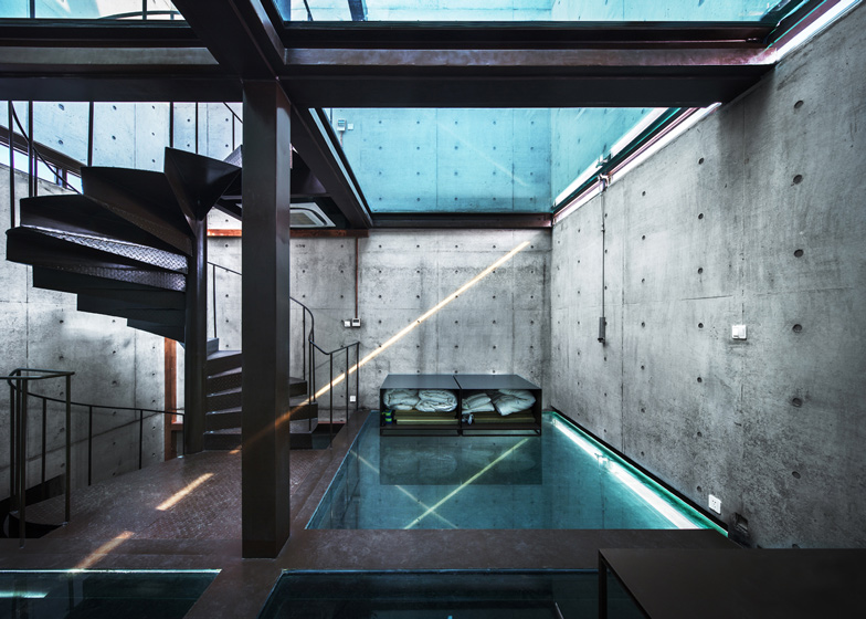Vertical-Glass-House-by-Atelier-FCJZ_dezeen_ss_4