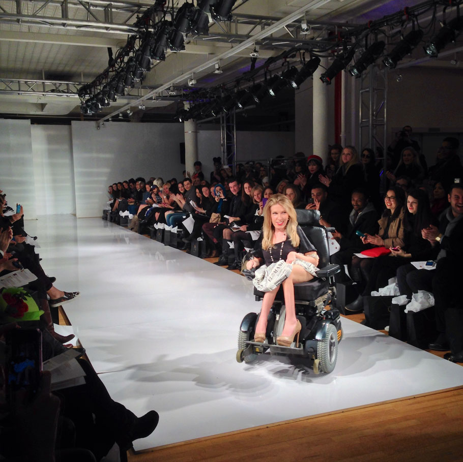 danielle-shaypuk-new-york-fashion-week-model-in-wheelchair-38842518a38ec3ce91b1b4ae6dea6321