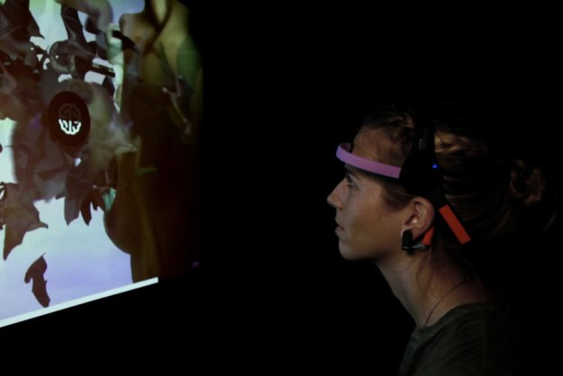 Brain Wave Reading Game Gives Museum Visitors A Surreal Trip [Video]