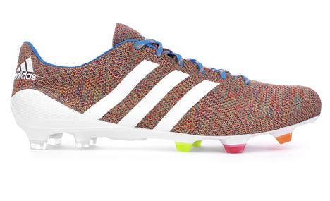 Adidas-Samba-Primeknit_dezeen_3
