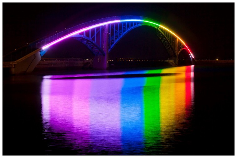 -17-rainbow-bridge_display