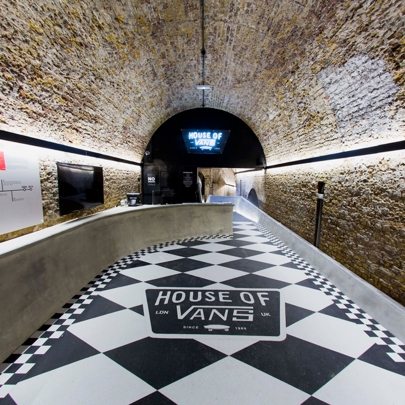 house-of-vans-london-indoor-skatepark-designboom-02