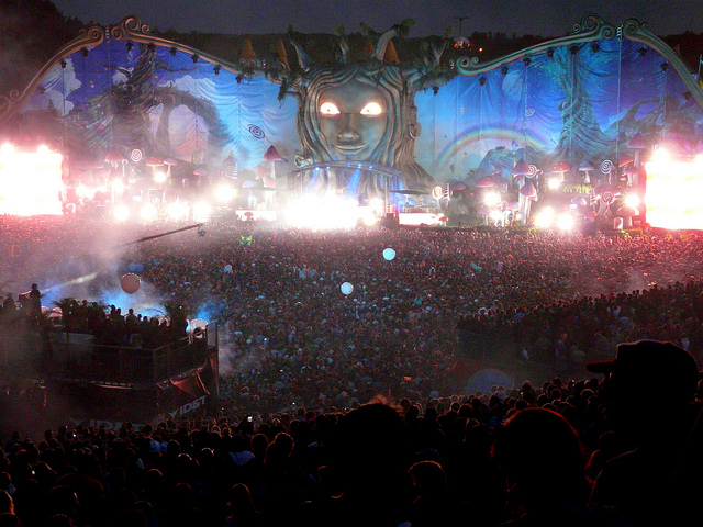 Tomororwland_1