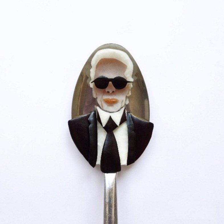 Karl Lagerfeld in eggplant, ham, apple and kohlrabi	© @ioanavanc