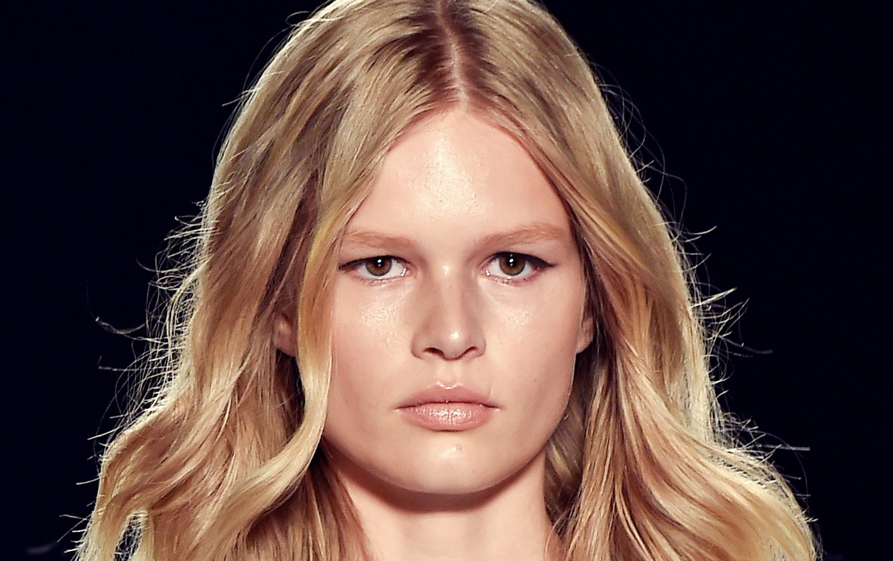 Μοντέλο της χρονιάς η Anna Ewers!