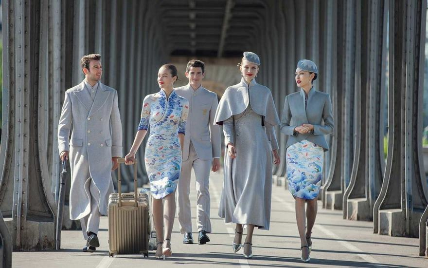 airline-uniforms-haute-couture-ozon-mag-05
