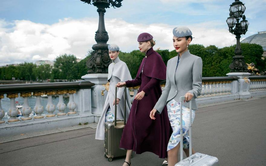 airline-uniforms-haute-couture-ozon-mag